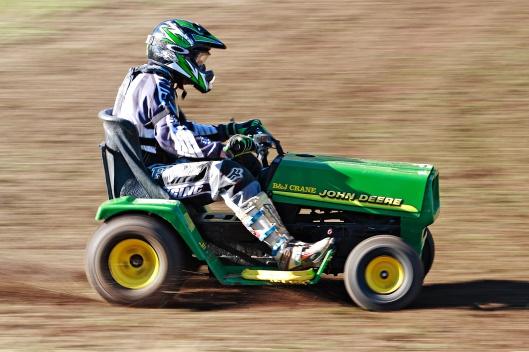 2007_swifts_creek_lawnmower_races01